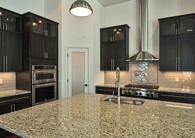 32PrD_CAN_Leighton_Kitchen_C