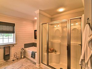 Amedore Homes STUYVESANT Townhome (End Unit) - Phase II Master bathroom tub and shower