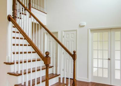 Belle Grove II Stairs & Foyer